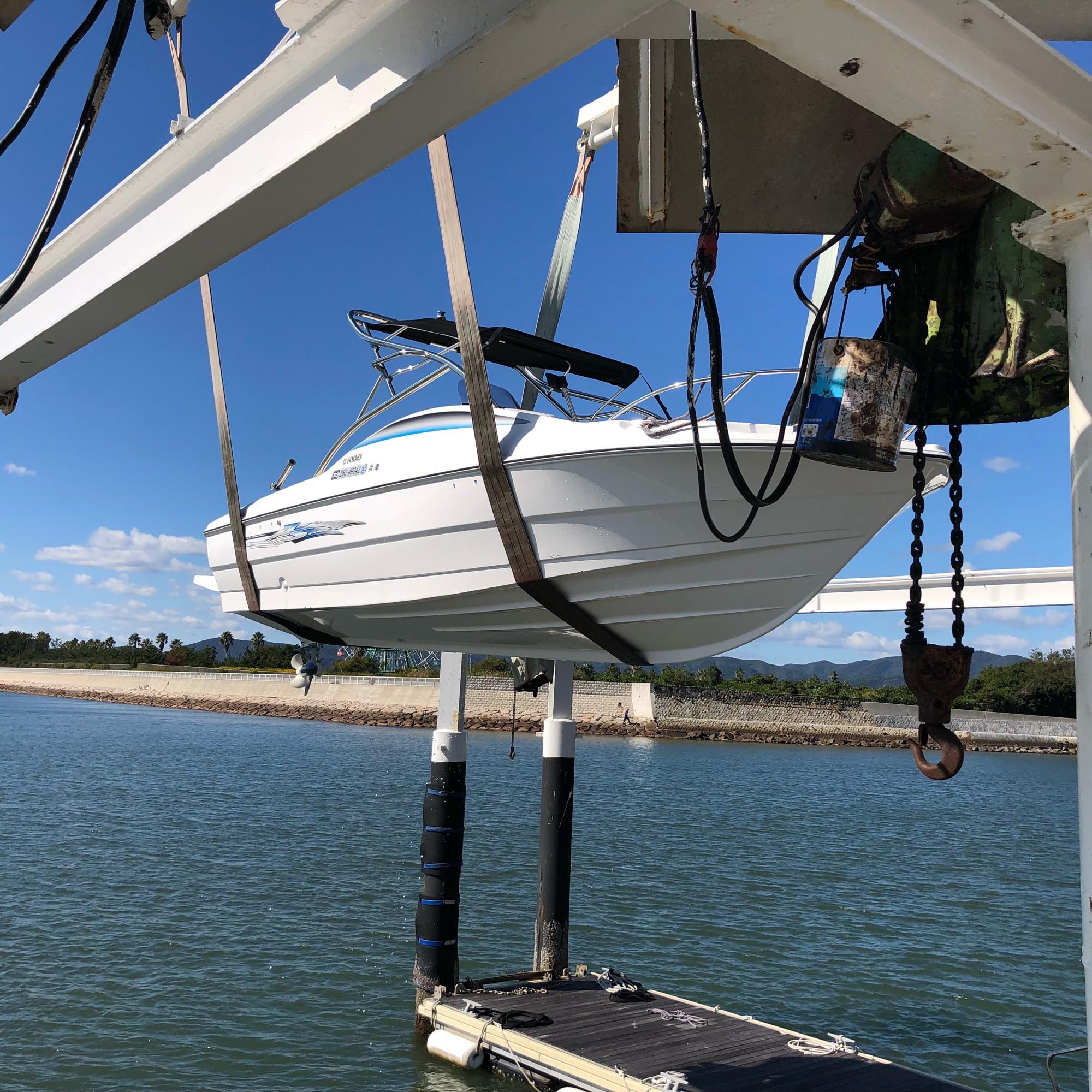 ボート陸揚げ2